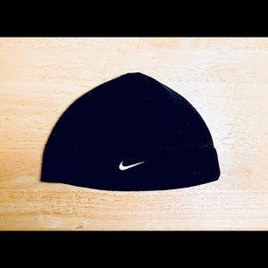 New Nike: One Size Black Workout Beanie